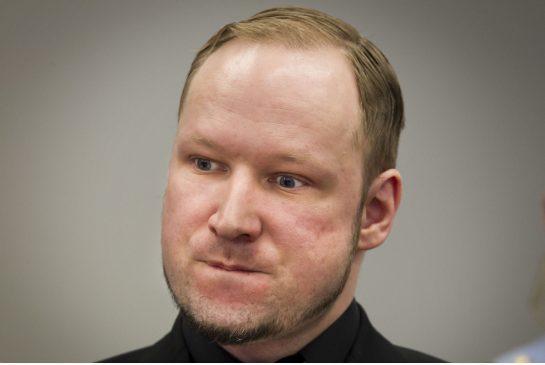 Breivik, après avoir reçu le bundle Ps4 + Knack